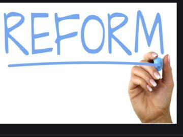 Atilla Yeşilada:  Reformlar gelmedikçe resesyonu atlatamayız